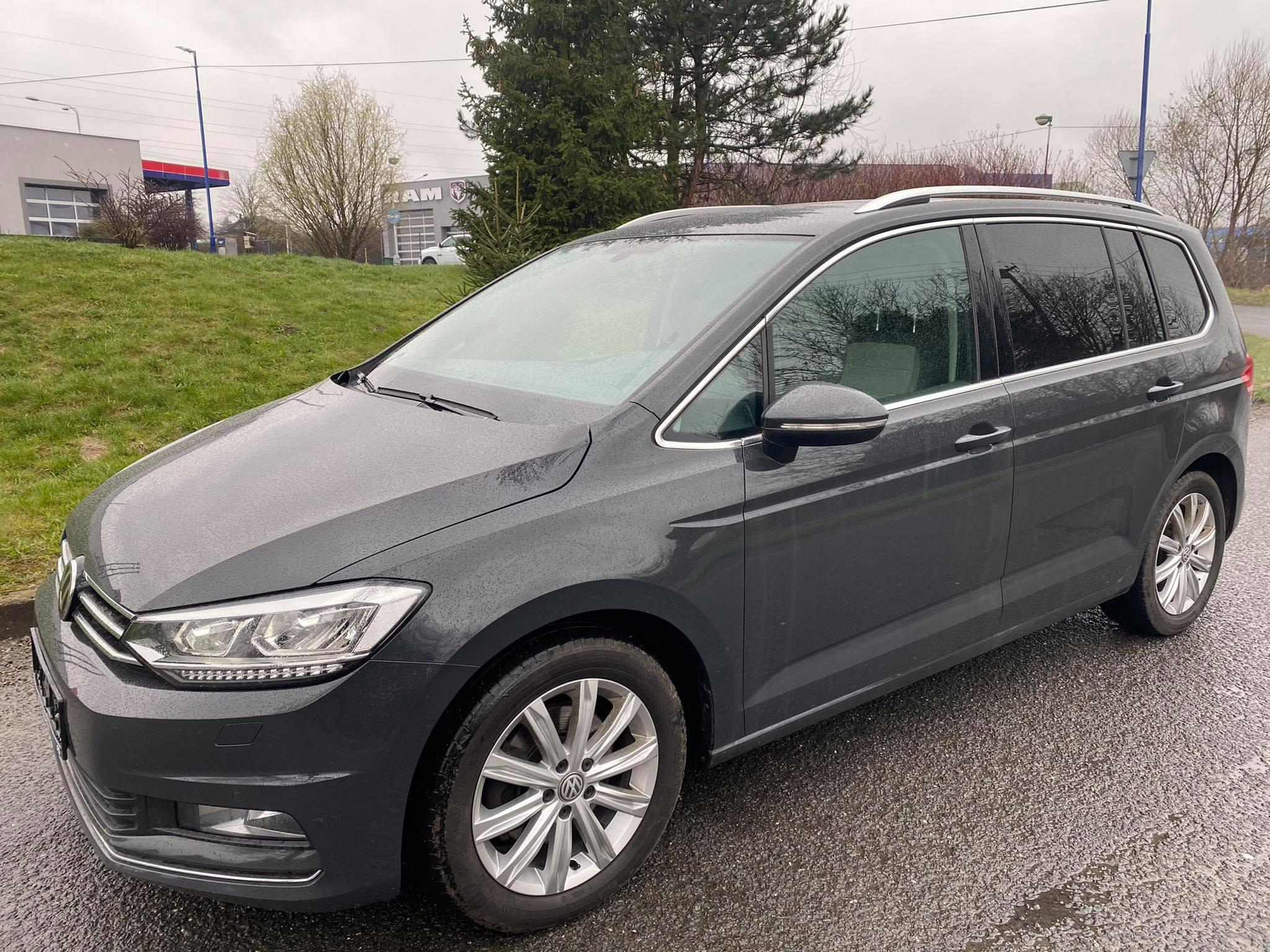 VW Touran 2,0TDi- 7.míst,alcantara,led